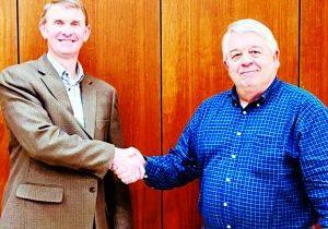 Butch Kirkley (left) with retiring president Leonard Bateman
