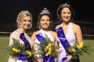Queen Sofia Lara (c), 1st runner-up Ivey Grace Smith (r), 2nd runner-up MaryBeth White (l)